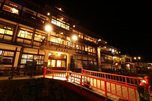 銀山温泉 Ginzanonsen
